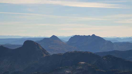 Coquihalla Mountain (bg, R) rises behind Yak Peak (fg, L)