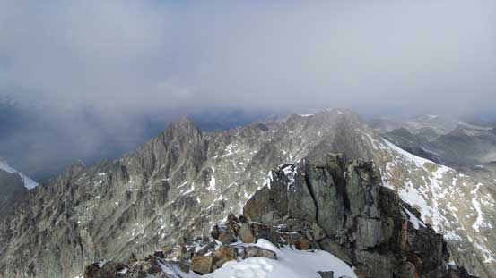 The jagged ridge traversing towards the lower North summit