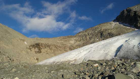 The same glacier, in this lower basin