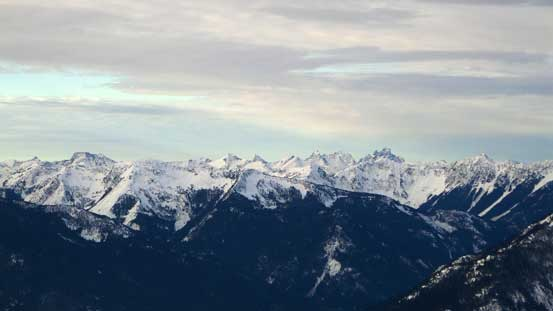 Peaks by Chilliwack Valley including the striking Slesse Mountain