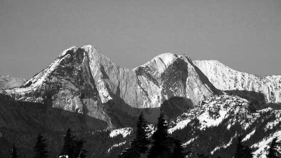 Steinbok Peak on left with Ibex Peak and Chamois Peak behind