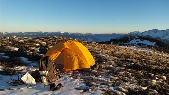 Setting up camp at this broad plateau