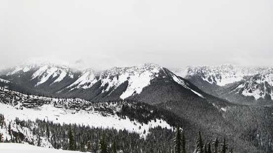 Zupjok Peak at center