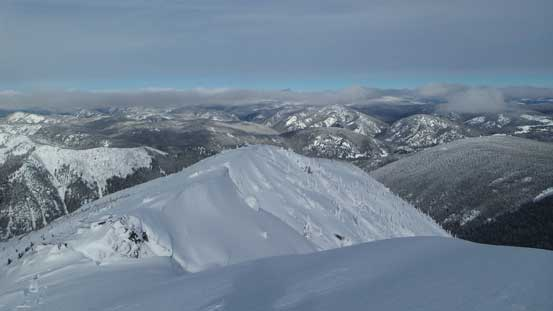 Looking back along the ridge. Here's where I donned crampons