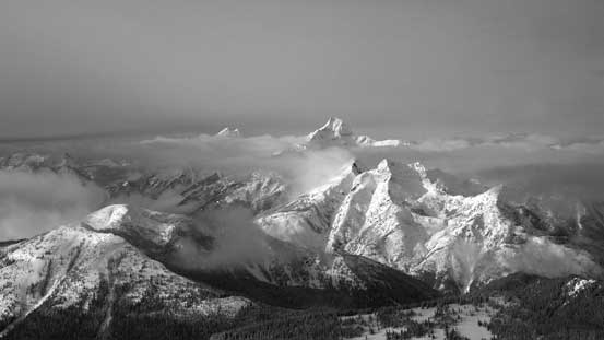 Another view of Silvertip Mountain