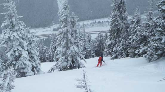 Alex skiing down the lower slopes