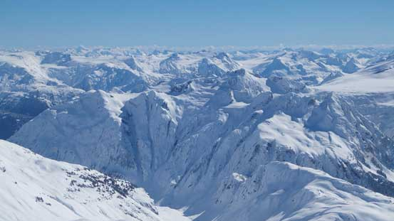 "In the foreground are Spire Peaks and the ""super couloir"". Behind is the Misty Icefield area"