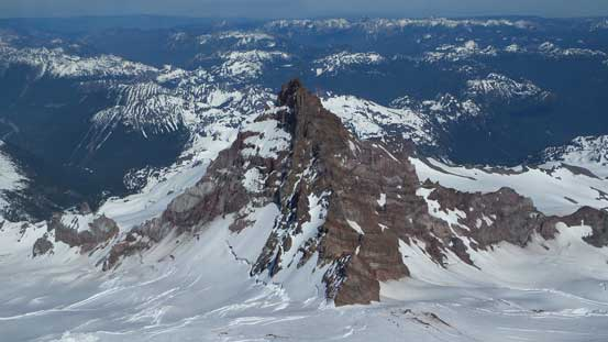 "Little Tahoma is now on my ""list"" - such a sexy peak, and the 3rd highest in Washington too"