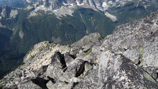 This is the easier section of the ridge