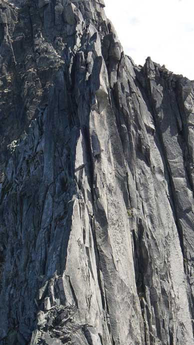The shear spine up the N. Ridge of S. Spire