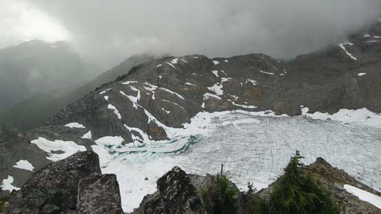 This is looking down at the patchy glacier on the west side. I came from bottom left