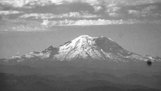 A zoomed-in view of Mt. Rainier