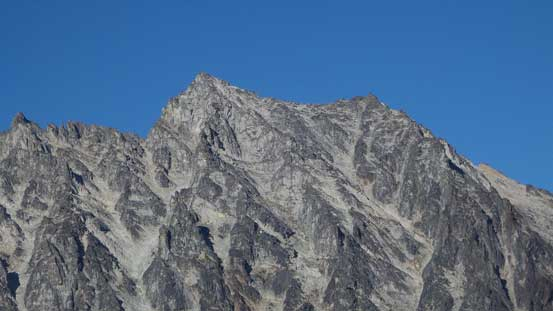 A zoomed-in view of the summit of Mt. Stuart.