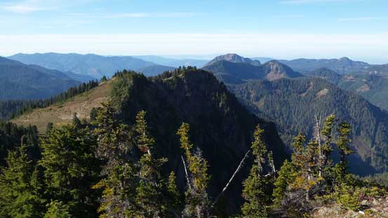 The highpoint in the foreground is already in Washington state. Bald Mountain behind