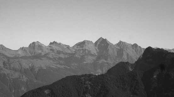 A zoomed-in view of peaks in Cheam Range. Welch Peak is the highest out there.