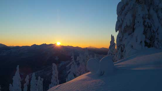 It's sunrise time now!!