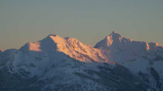 Alpenglow on the two summits of Goat Mountain