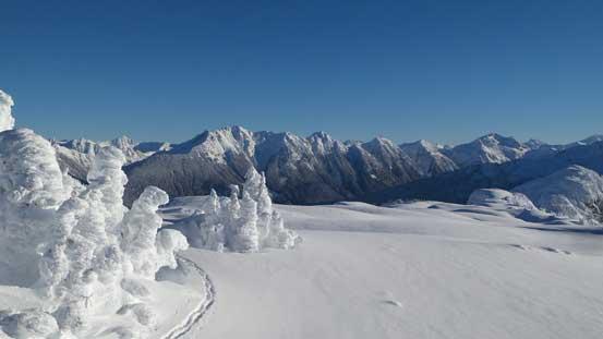 Looking towards Nooksack Ridge (Mt. Sefrit to Ruth Mountain)