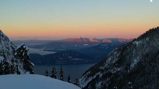 Alpenglow on Mt. Elphinstone just across the Howe Sound