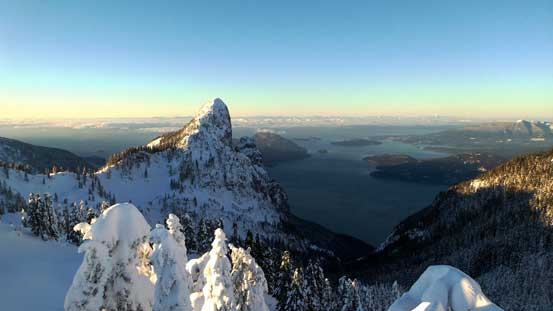 Mt. Harvey and Howe Sound from Magnesia Peak