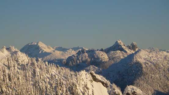 Sky Pilot Group with Atwell/Garibaldi massif behind