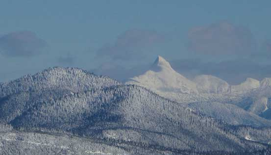 A very zoomed-in view of Mt. Urquhart