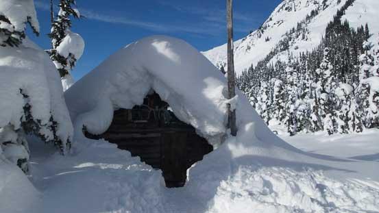 Snowspider Hut