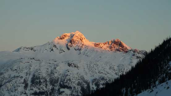 Alpenglow on Cayoosh Mountain