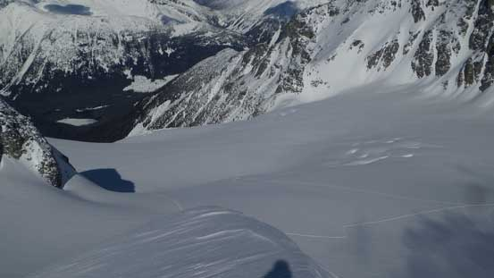 This shot shows the lower stretch of Matier Glacier which I just crossed
